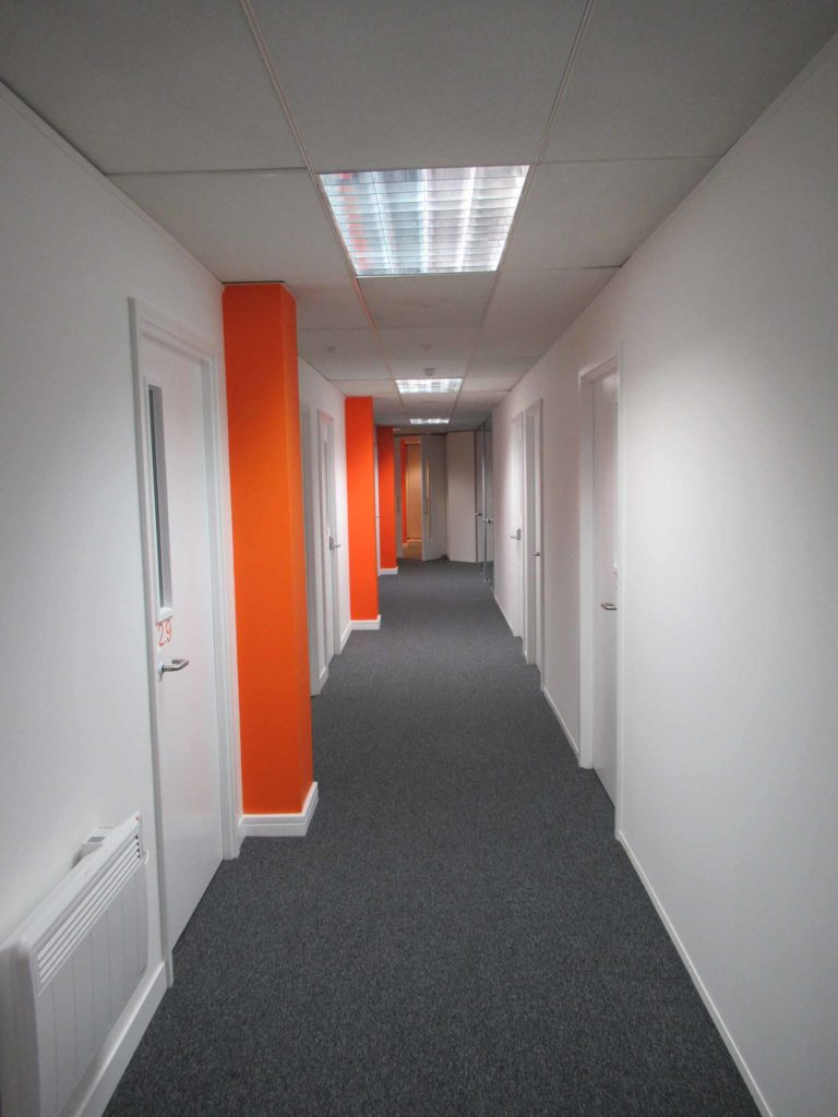 1.easyhub offices